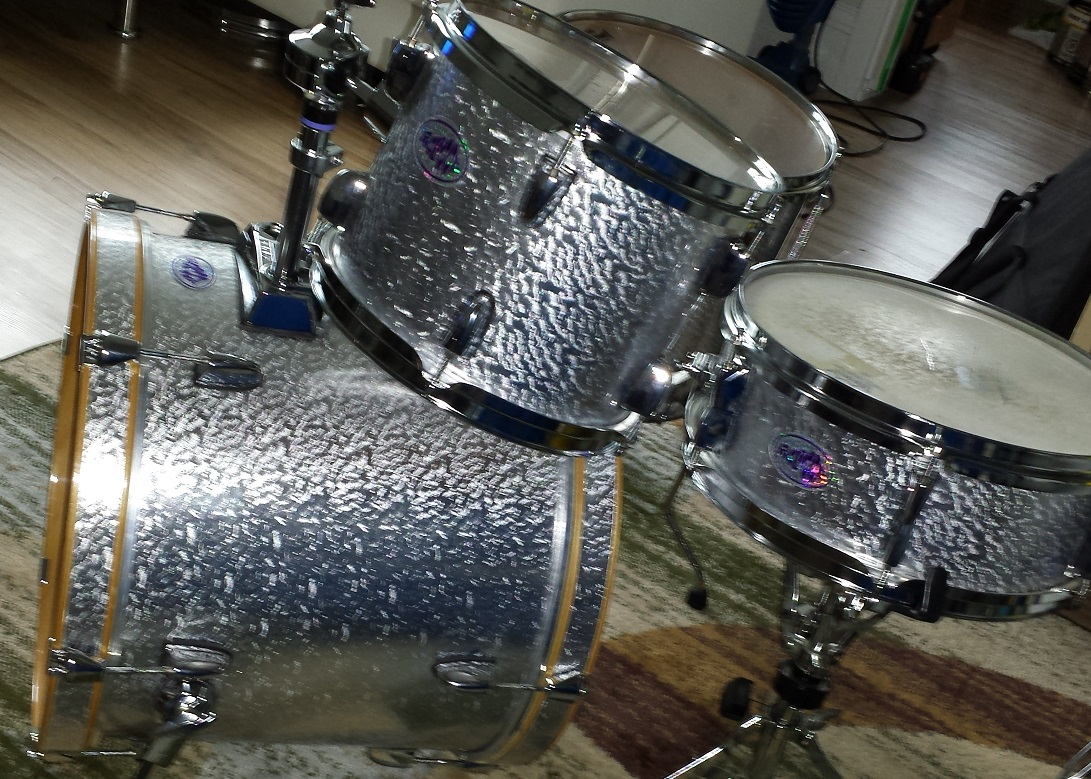 Platinum Pearl Onyx Drum Wrap